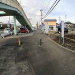 安心の歩道幅8m前面道路含む現地写真
