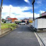 交通利便性良好前面道路含む現地写真